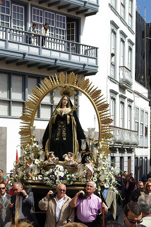 Procession with the statue of Our Lady of Loneliness, Santa Curz de la Palma