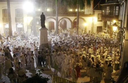 Fiesta de los indianos (powder night) santa cruz de la Palma