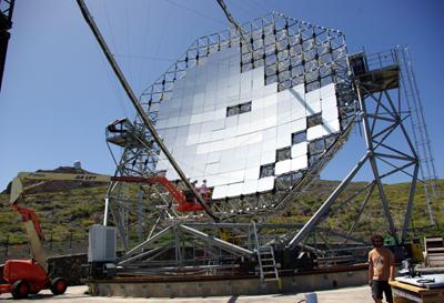 Fitting mirror segments to the MAGIC 2 telescope.