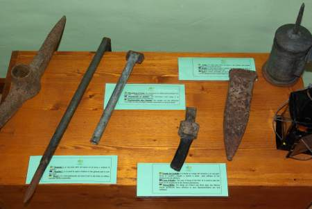 Tools for cultivating bananas, Banana museum, Tazacorte